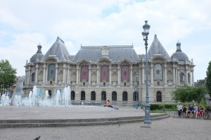 Palais des Beaux-Arts of Lille. Apparently inside this museum there is an impressive wide range of art, but we didn't feel like an art museum that day.